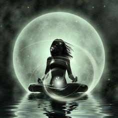 Goddess Art, Moon Goddess, Reiki Symbols, We Energies, Art Abstrait, Moon Art, Black Art, Mystic, Fantasy Art