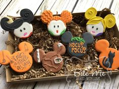 Hocus pocus halloween using mickey mouse cutter disney Candy Corn Cookies, Fall Cookies, Cut Out Cookies, Iced Cookies, Cute Cookies, Royal Icing Cookies, Holiday Cookies, Cupcake Cookies, Halloween Desserts