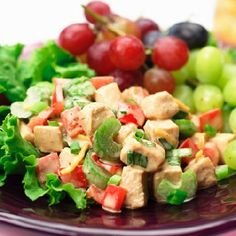 Red bell peppers, celery and green onions are the backdrop for this Southwestern-style chicken salad. Mexican Dishes, Mexican Food Recipes, Healthy Recipes, Ethnic Recipes, Chicken Salad Ingredients, Chicken Salad Recipes, Southwestern Chicken Salads, Southwestern Style, Ranch Salad Dressing