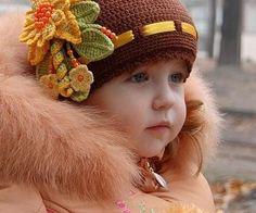 Kız çocukları için örgü bere modelleri