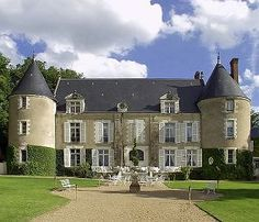 Image of Chateau De Pray, Amboise - stayed here and highly recommend!  A great base for exploring the Loire Valley and very near Amboise.  Old world class  restaurant.