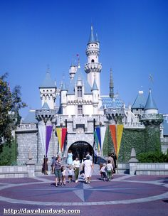 Davelandblog: Sleeping Beauty Castle, Disneyland, November 1965