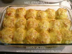 Mealie Pap Recipe, Braai Recipes, Cooking Recipes, Macaroni And Cheese Bacon, South African Recipes, Ethnic Recipes, Cornmeal Recipes, Joy Of Cooking, Campfire Food
