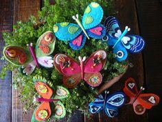 mariposas de fieltro bordadas  felt butterflies