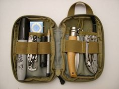 Bags don't always have to be big and sit on your shoulders. Everyday Carry reader Sergey shares his pocket-sized bag that's packed with everything he needs on a daily basis. Everyday Carry Bag, Edc Essentials, Edc Tactical, Pocket Organizer, Survival Gear, Tactical Survival, Survival Stuff, Emergency Preparedness, Camping Gear