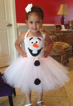 2014 Frozen Olaf Halloween costumes that little girls will like - dress, tutu, crochet, halter #Halloween