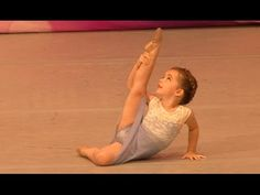 Show Lolly: Ella Dobler - Heaven on Earth (Age Dance Music Videos, Music Songs, Rainbow Dance Competition, Ballet Images, Little Ballerina, Dance Routines, Dance Company, Tap Dance, Irish Dance