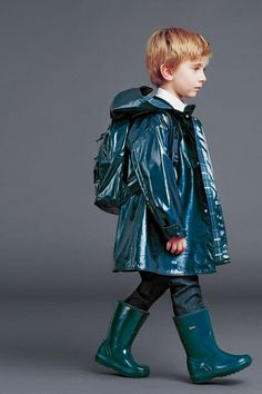 Winter fashion 2015 for little boys from Dolce & Gabanna Fashion Kids, Little Boy Fashion, Toddler Fashion, Outfits Niños, Kids Outfits, Winter Fashion 2015, Top Mode, Winter Mode, Fall Winter