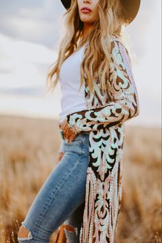 Sequined western style duster, perfectly paired with your favorite cowgirl boots! Western Outfits Women, Country Girls Outfits, Western Wear For Women, Women's Western Clothing, Cute Country Clothes, Country Western Outfits, Country Girl Style, Country Women, Mommy Style