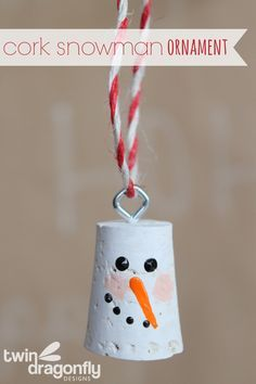 A cork snowman ornament is super easy to create and perfect for the wine lover on your Christmas list. Snowman Crafts, Snowman Ornaments, Diy Christmas Ornaments, Christmas Snowman, Christmas Projects, Holiday Crafts, Snowmen, Handmade Christmas, Holiday Fun