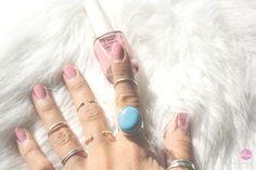 My Nails and Rings  Photo: Marta Alves  #Thepinklemo0nade #Martaalvesworks #Nailpolish #Nails #Rings #Details #Inocos  www.thepinklemonade.pt  https://www.facebook.com/thepinklemonade.pt