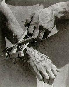 Resultado de imagen para Tina Modotti - SELECTED MARIONETTE STUDIES, 1929