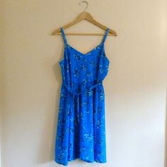 """(128) Ann Taylor floral sundress - Size 2 Pretty sundress in bright blue. Well made from a trusted label. Zips up back, ties in front. So cute and perfect for summer. Bust: 34"""", waist: 30"""", hip: 52"""", length: 36"""", label: Ann Taylor Loft, size: 2 (please check measurements, fits like a medium). #anntaylor #anntaylorloft #sundress #blue #floral Ann Taylor Dresses Midi"""
