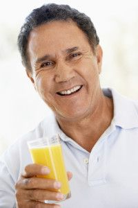 It is important for everyone to follow healthy eating habits, but this is especially the case for senior citizens. A healthy diet promotes healthy aging. Of course, natural health remedies are always better than alternatives, such as supplements and medicine. Seniors will lose their appetite as they