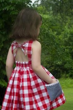 61 Ideas Fashion Kids Dress Patterns For 2019 Frocks For Girls, Little Girl Dresses, Dress Girl, Dress Red, Cotton Frocks For Kids, Red Frock, Cute Baby Dresses, Fashion Kids, Trendy Fashion