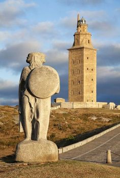 Tower of Hercules, La Coruña, Spain - The oldest working Lighthouse in the World Beacon Of Light, Interesting Buildings, Seven Wonders, Water Tower, Covered Bridges, Old Things, Castle, Around The Worlds, Travel