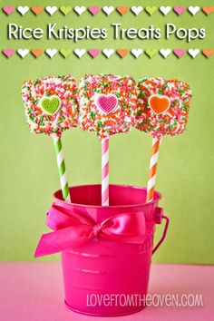 Easy Rice Krispies Treats Pops at Love From The Oven
