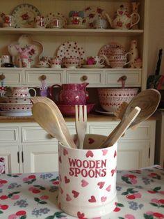 Emma Bridgewater Pink Hearts WOODEN SPOONS Utensil Jar