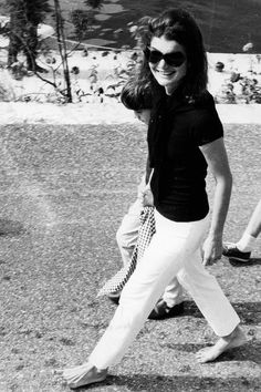 Le style Jackie Kennedy: en noir et blanc - EN IMAGES. Jackie Kennedy, le style mythique d'une icône - L'EXPRESS