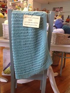 This baby blanket was made with 4 balls of wool! Wool Shop, Fun Crafts, Balls, Free Pattern, Ann, Blanket, Knitting, Phone, Home Decor