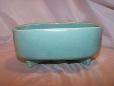 McCoy Pottery Footed Planter, Speckled Green Gloss, USA    $24.99 #thecuriousphoenix
