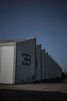 formfreu.de » Devis Vezzaro: Stabilimento Bugatti di Campogalliano