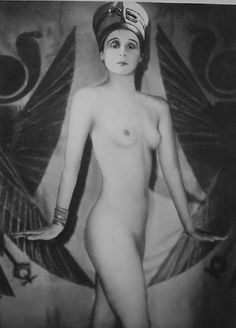 mysweetelizabeth:  Nude unknown Ziegfeld Follies girl source Manasse