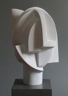 Gregal. Madera de tilo patinada. 44 x 33 x 29 cm