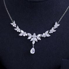 Details about  /Snowflake real rose gold plated drop necklace dazzling white round gems gift box