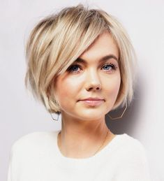 Pixie Haircut For Round Faces, Bangs For Round Face, Round Face Haircuts, Hairstyle For Round Face Shape, Thick Side Bangs, Side Bangs Hairstyles, Bob Hairstyles For Fine Hair, Short Hairstyles For Women, Hairstyle Short