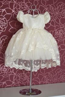 Rochita botez 003 Girls Dresses, Flower Girl Dresses, Wedding Dresses, Fashion, Dresses Of Girls, Bride Dresses, Moda, Bridal Gowns, Fashion Styles