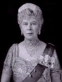 Queen Mary   This tiara (which can also be worn as a necklace) was made for Queen Mary in 1919. It is not, as has sometimes been claimed, made with diamonds that had belonged to George III but re-uses diamonds taken from a necklace/tiara purchased by Queen Victoria from Collingwood & Co as a wedding present for Queen Mary in 1893. [Source: The Royal Collection © 2008,  Her Majesty Queen Elizabeth II]