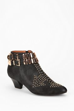 Jeffrey Campbell Benatar Ankle Boot  So vintage 80s.