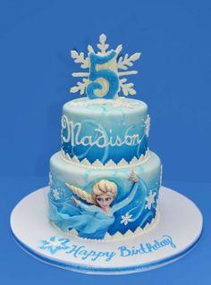 Le gâteau pour l'anniversaire de votre file avec Elsa - frozen decors gateaux anniversaire