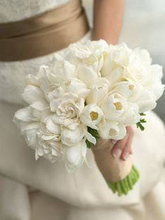 Wedding bouquets of tulips photo