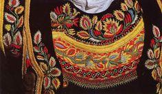 Pays de l'Aven, costume d'Elliant Finistère Bretagne French Costume, Celtic Culture, Ethnic Design, Folk Costume, Ethnic Fashion, Traditional Dresses, Dance Costumes, Couture Fashion, Hand Embroidery