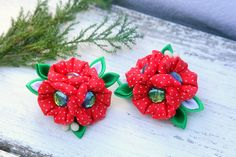 Christmas hair bows for girls. Holiday hair accessory by SummerForYou 20$