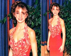 Celebrity Prom Photos You Won't Believe Are Real BRITNEY SPEARS The pop princess was on fire at her high school prom in this fiery red dress. Celebrity Prom Photos, Celebrity List, Look At You, How To Look Pretty, Famous Celebrities, Celebs, Prom Pictures, Prom Pics, Taylor Swift Pictures