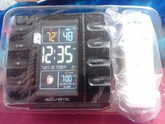 Jenn's Review Blog unboxed and tested an AcuRite Intelli-Time Projection Clock.