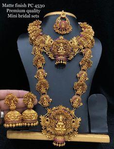Jewelry Design Earrings, Gold Jewellery Design, Flower Jewelry, Diamond Jewellery, Necklace Designs, Gold Temple Jewellery, Bridal Jewellery, Wedding Jewelry, Wedding Accessories