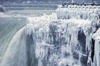 Pasakiško grožio užšalęs Niagaros krioklys slepia kraupią tragediją: nuo tada viskas pasikeitė - DELFI
