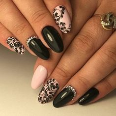 Semi-permanent varnish, false nails, patches: which manicure to choose? - My Nails Gorgeous Nails, Love Nails, Fun Nails, Pretty Nails, Amazing Nails, Nagel Bling, Burgundy Nails, Manicure E Pedicure, Bling Nails