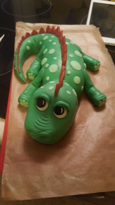Fondant Torte Dinosaurier www. Fondant Torte Dinosaurier www. Dragon Birthday Cakes, Dinosaur Birthday Cakes, Dinosaur Party, Boy Birthday, Birthday Ideas, Dinosaur Cakes For Boys, Dino Cake, Party Cakes, Eat Cake
