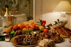 Want to do Christmas like the French? Here's some inspiration.