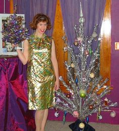 vintage everyday: 43 Interesting Vintage Snapshots Captured Middle-Aged Women Posing Next To Christmas Trees from the 1950s-60s