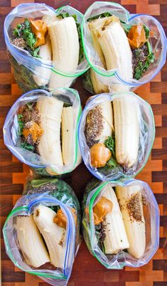 Healthy Smoothies This recipe for Best Make-Ahead Peanut Butter Banana Green Smoothie Freezer Packs is a method of freezing smoothie ingredients ahead of time to quickly blend them in the morning. I'm so excited to share this recipe because it's one of my Freezing Smoothies, Healthy Smoothies, Healthy Drinks, Healthy Snacks, Healthy Recipes, Low Sugar Smoothies, Make Ahead Smoothies, Vegetable Smoothies, Nutrition Drinks