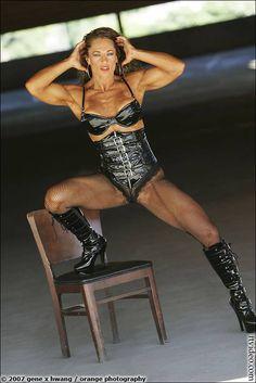 Theresa Hendricks Biceps Workout | Theresa Hendricks