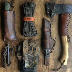 Excellent bushcraft know-hows that all survival hardcore will most likely desire to master today. This is essentials for SHTF survival and will spare your life. Bushcraft Skills, Bushcraft Gear, Bushcraft Camping, Camping Survival, Outdoor Survival, Camping Gear, Camping Hacks, Backpacking, Outdoor Camping