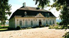 Halász Móricz kúria Dabas Buildings, Mansions, House Styles, Home Decor, Pictures, Decoration Home, Manor Houses, Room Decor, Villas