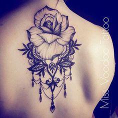 L'amour à vingt ans, c'est quelque chose qu'on n'oublie pas. Après, ça n'est plus jamais pareil. [Romy au fil de vie - David Lelait-Helo]… Upper Back Tattoos, Girl Back Tattoos, Girly Tattoos, Pretty Tattoos, Cute Tattoos, Beautiful Tattoos, Body Art Tattoos, Sleeve Tattoos, Stomach Tattoos Women